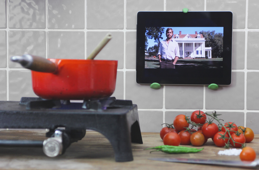 How To Make An IPad Wall Mount | Sugru